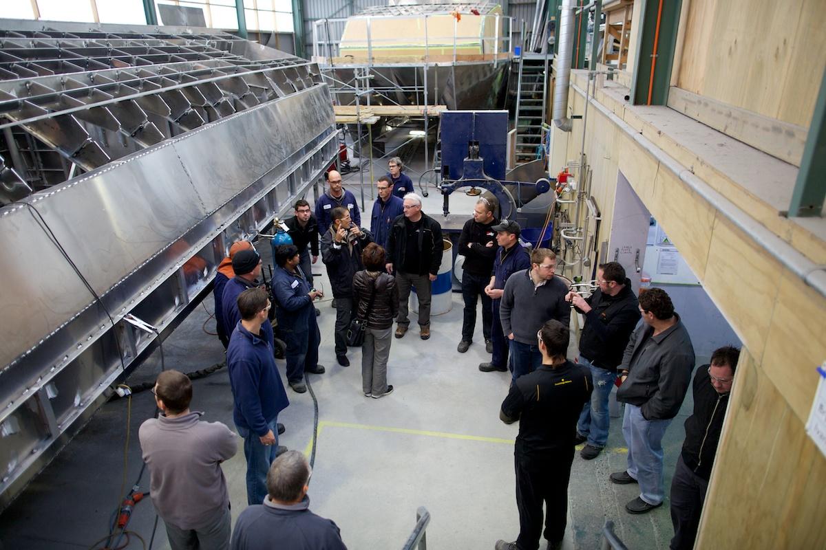 ニュージーランド造船工場 溶接作業で生産性160%